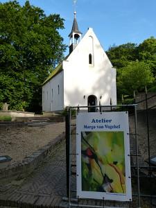 expositie kerkje Ubbergen. atelier van Vegchel